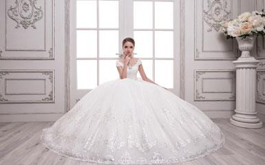 80a15cd8ff9b98 Весільні сукні 2018: каталог з цінами, купити оптом і в роздріб ...