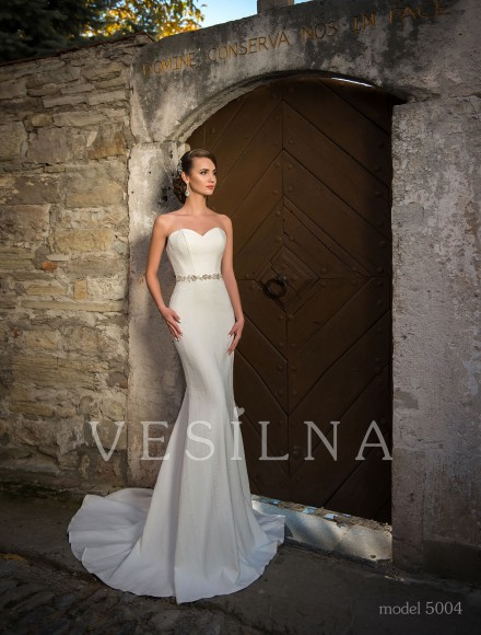 Collection «Flower on the stone»: Wedding dress, model 5004 from Vesilna™ — for wholesale and retail фото