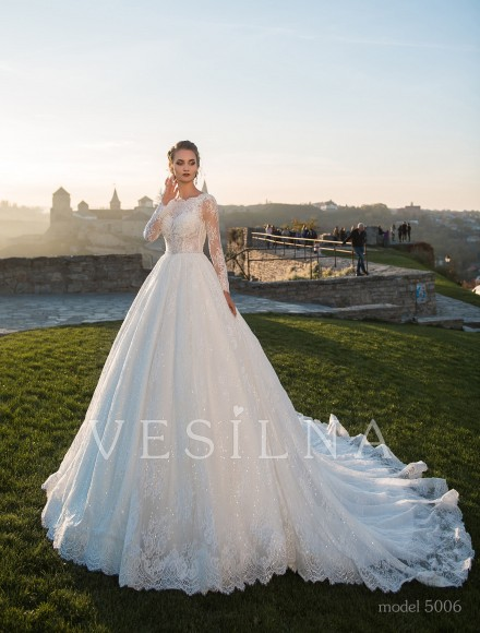 Collection «Flower on the stone»: Wedding dress, model 5006 from Vesilna™ — for wholesale and retail фото