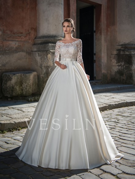 Collection «Flower on the stone»: Wedding dress, model 5010 from Vesilna™ — for wholesale and retail фото