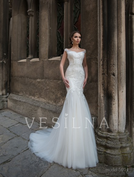 Collection «Flower on the stone»: Wedding dress, model 5011 from Vesilna™ — for wholesale and retail фото
