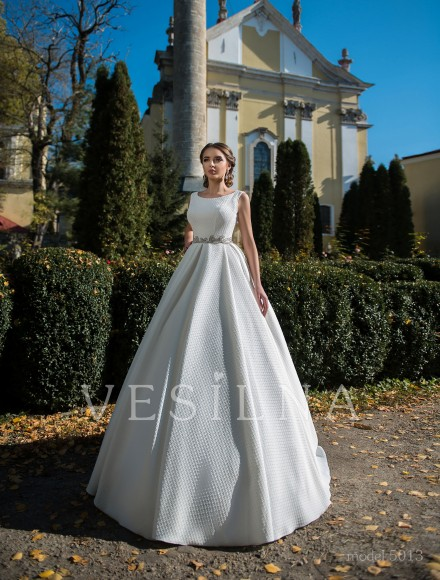 Collection «Flower on the stone»: Wedding dress, model 5013 from Vesilna™ — for wholesale and retail фото