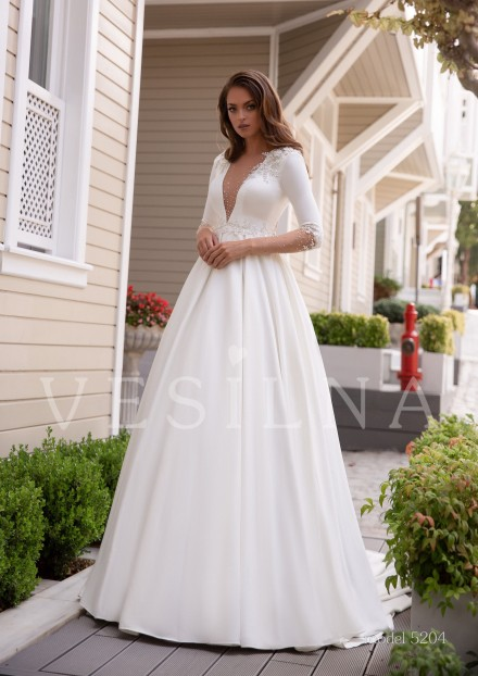 Collection «BLOOMING LOVE»: Wedding dress, model 5204 from Vesilna™ — foto and price фото