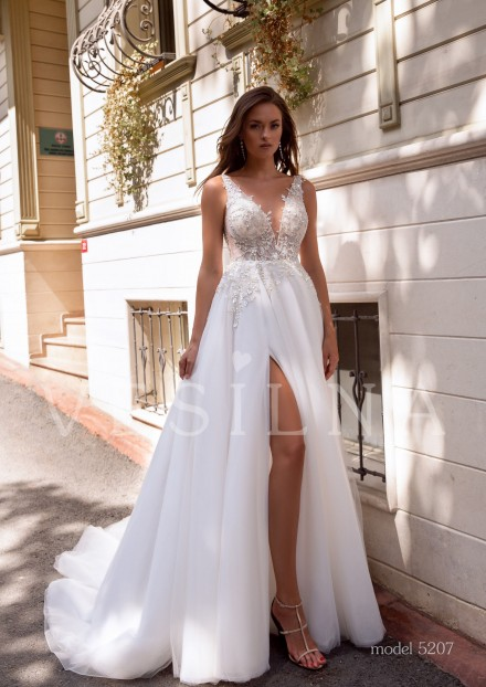 Collection «BLOOMING LOVE»: Wedding dress, model 5207 from Vesilna™ — foto and price фото