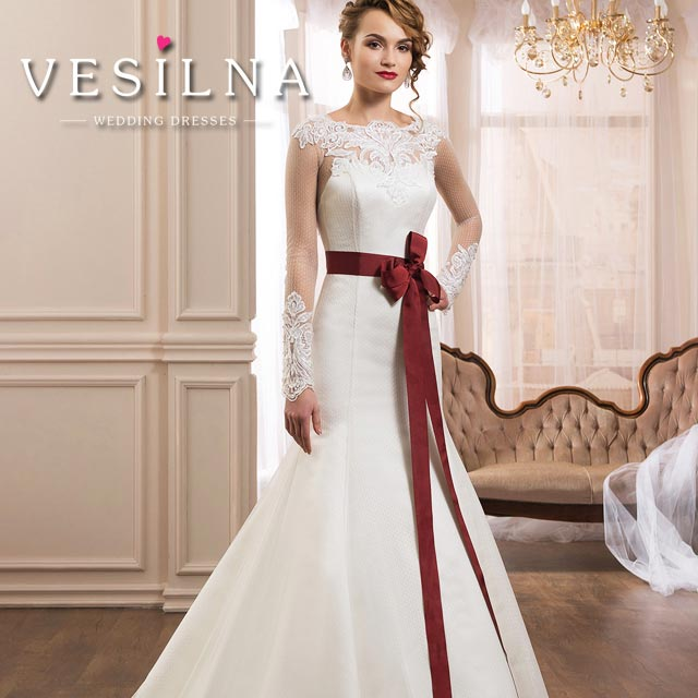 caafb3e6cc02d9 Як вибрати весільну сукню на маленький зріст - огляд від Vesilna ™